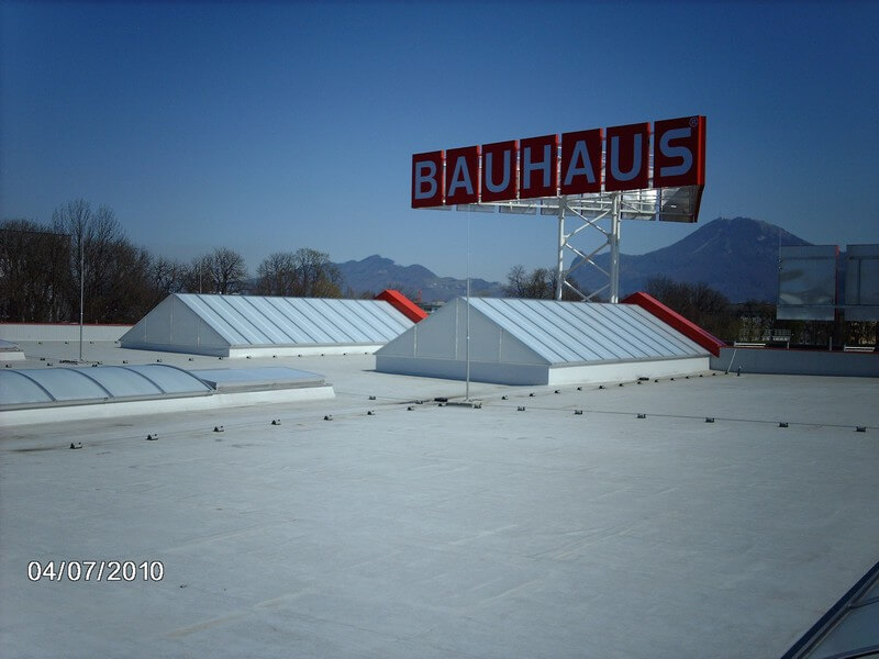 Referenzen Cipi Dachoberlichter Bauhaus_Wals_AT_2